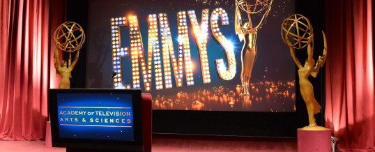 Tapete vermelho do Emmy 2014