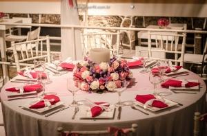 decoração casamento mesa e arranjo de mesa rosa