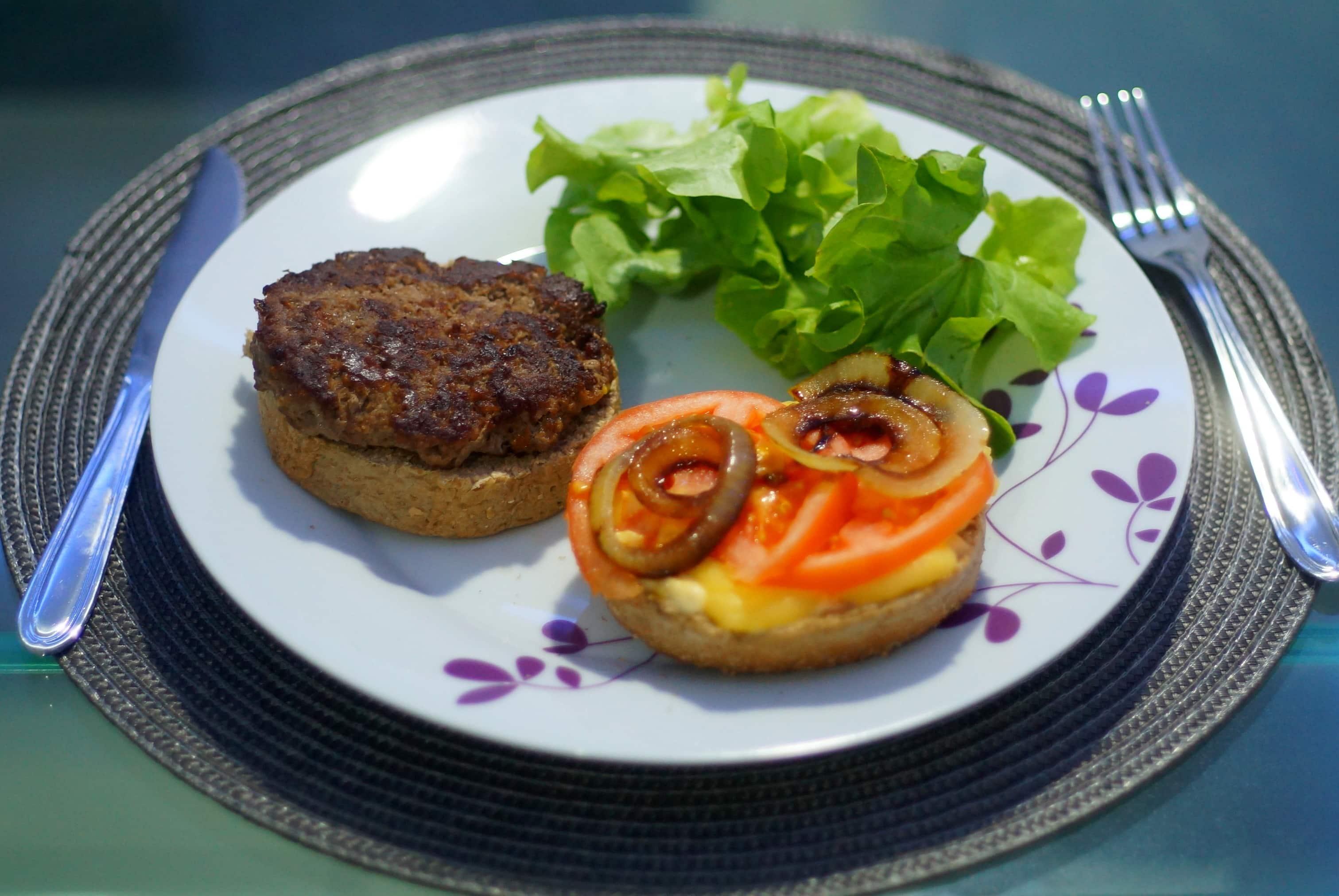 receita de hambúrguer de carne moída caseiro