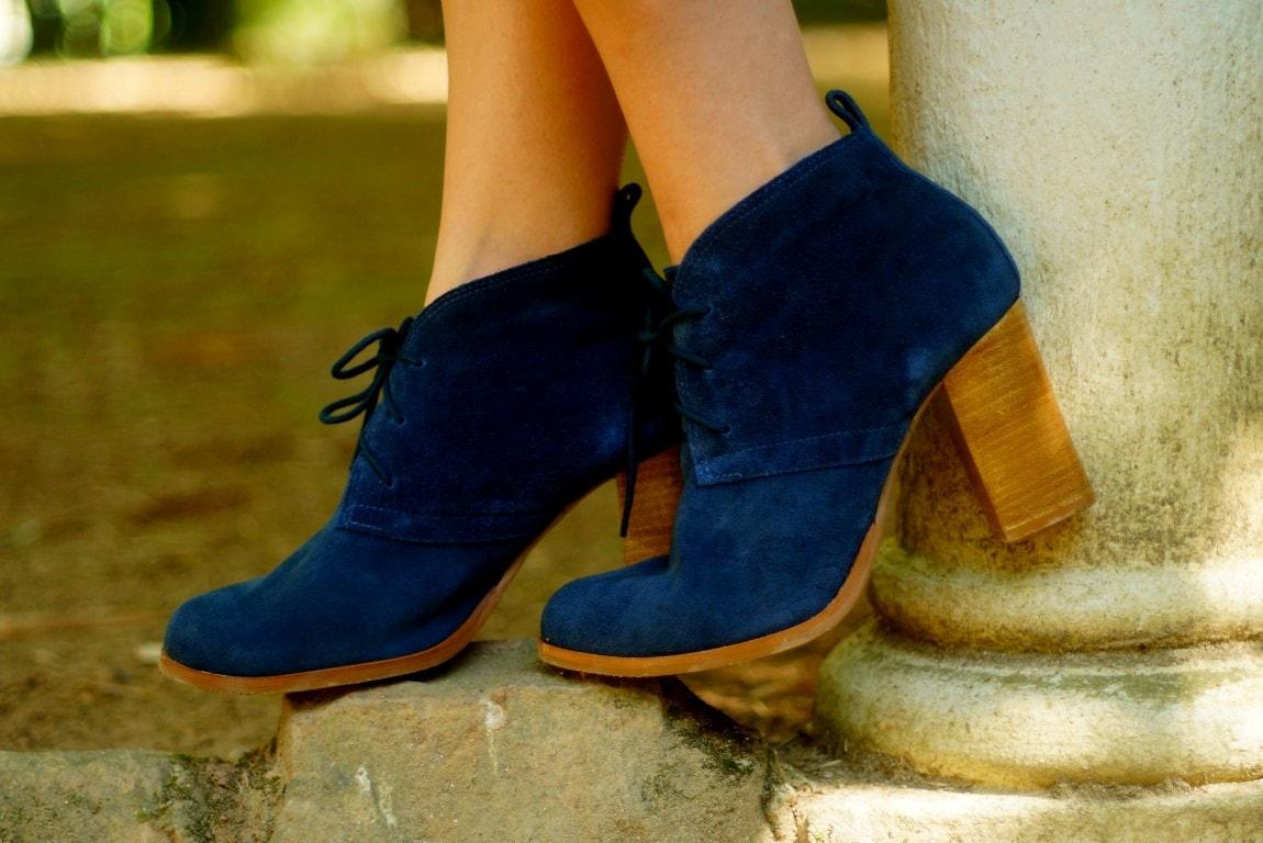 bota camurça azul Satinato